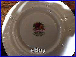 Royal Albert Old Country Roses 30 pc. Set 5 pc Place Settings service for 6 NEW