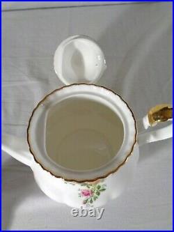 Royal Albert Old Country Roses 4 Pc. Tea Set 1962