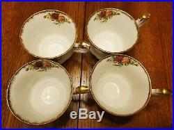Royal Albert Old Country Roses 4 Place Settings 20 Pieces England