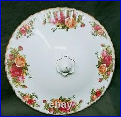 Royal Albert Old Country Roses 9 Round Covered Dish with Handles Casserole Veggie