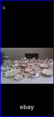 Royal Albert Old Country Roses A Beautiful 8 Place Setting #1 Quality! 57 Pi