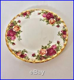 Royal Albert Old Country Roses Bone China 6 person plate and teacup set (1987)