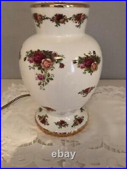 Royal Albert- Old Country Roses Bone China Large Lamp Stand. Good Condition