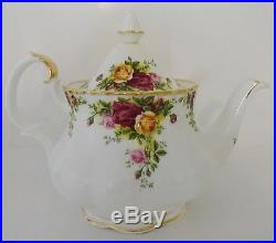 Royal Albert Old Country Roses Bone China Teapot with Lid 6 Cups
