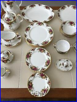 Royal Albert Old Country Roses China Set of 60 piece