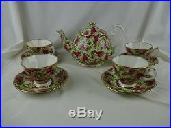Royal Albert Old Country Roses Chintz Tea Pot & (4) Cups & Saucers MINT