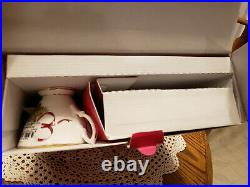 Royal Albert Old Country Roses Christmas Tree 5 Piece Place Setting NEW IN BOX