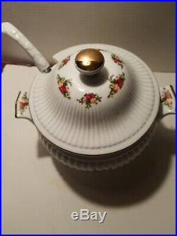 Royal Albert Old Country Roses Covered SOUP Vegetable Tureen With Latel