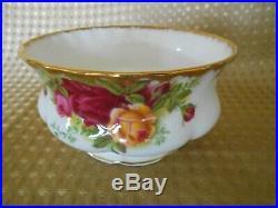 Royal Albert Old Country Roses English Bone China 21 Piece Tea Set