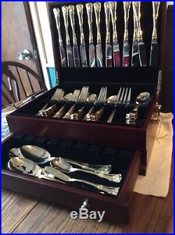 Royal Albert Old Country Roses Flatware Service for 12 plus Serving pieces, Nice