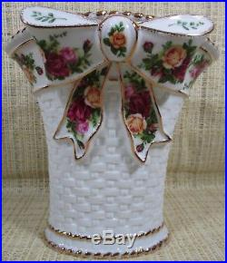 Royal Albert Old Country Roses Large Basket-Weave Flower Floral Vase With Bow