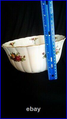 Royal Albert Old Country Roses Large Fluted Mixing / Serving Bowl 10 1/2