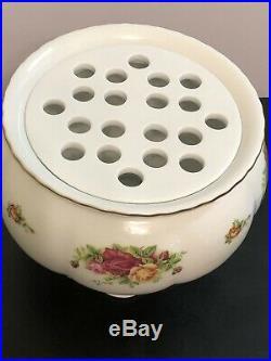 Royal Albert Old Country Roses Large Pedestal Flower Bowl Vase With Stem Holder