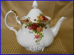 Royal Albert Old Country Roses Large Tea Pot English Bone China 2.25 Pint