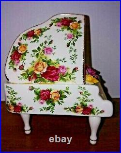 Royal Albert Old Country Roses Musical Piano (fault) RARE