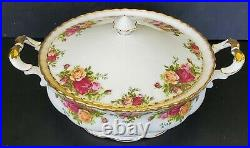 Royal Albert Old Country Roses Round Covered Vegetable Bowl Serving Dish w Lid