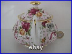 Royal Albert Old Country Roses Ruby Celebration 2002 Design Lidded Sugar Bowl
