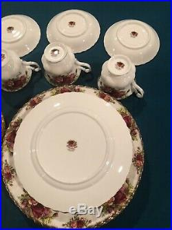Royal Albert Old Country Roses Set Of 4 Six Piece Place Settings- 24 Pieces-EUC