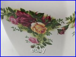 Royal Albert Old Country Roses Tea Caddy/Ginger Jar