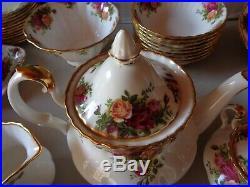 Royal Albert Old Country Roses Tea Pot, Creamer&sugar Set Mint