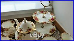 Royal Albert Old Country Roses Tea service for 4 The perfect wedding present