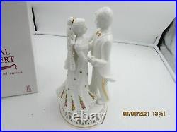 Royal Albert Old Country Roses Wedding Memories Bride Groom Cake Topper Figurine