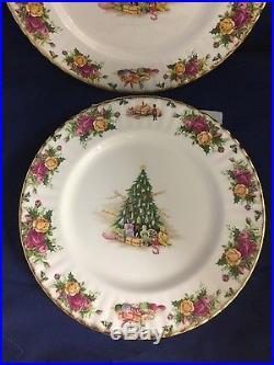 Royal Albert Old Country Roses beautiful Christmas Magic 4 Dinner Plates
