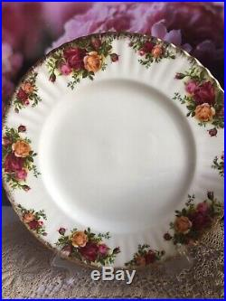 Royal Albert Old Country Roses bone china 1962s dinner service for 6,1st quality