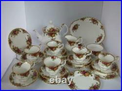 Royal Albert Old Country Roses tea set 22 piece 1962 excellent condition 1st