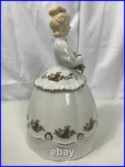 Royal Albert Rare 1962 Old Country Roses Victorian Lady Candy /Cookie Jar 9.5