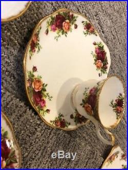 Royal Albert Tea Cup Set Old Country Roses Bone China Vintage England