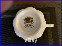 Royal albert old country roses 40 piece china set service for 8 plus accessories
