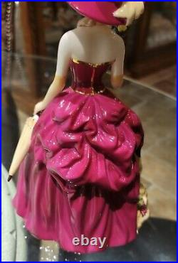 Royal albert old country roses figurine. OLD COUNTRY ROSE NWT