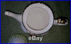 Royal albert old country roses green trim teapot