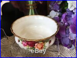 Royal albert old country roses tea set, 1st quality 1962s