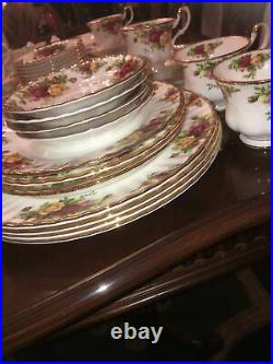 Set 63 Pc. Royal Albert Old Country Roses Dinner Plate Place Platter Bowls Cup