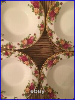 Set Of Four Old Country Roses Royal Albert Rim Soup Or Pasta Bowls