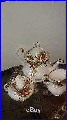 T3-Piece Old Country Roses Teapot Set by Royal Albert, IOLCOR13153