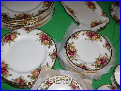 Vintage 43 Pc Set Royal Albert Bone China Old Country Roses 8 Place NICE