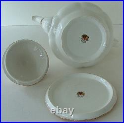 Vintage OLD COUNTRY ROSES Teapot w Lid & RARE Trivet ORIGINAL 1st BACKSTAMP MINT