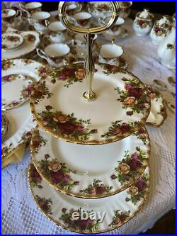 Vintage Royal Albert Old Country Roses 3 Tier Tidbit Server Cake Cookie Stand