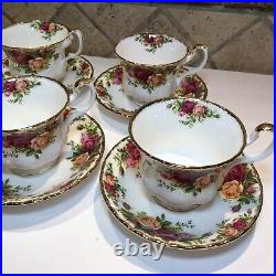 Vintage Royal Albert Old Country Roses Tea Cup and Saucer Set Bone China England